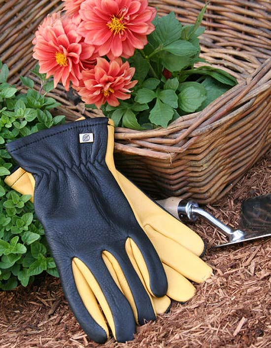 Dry Touch Garden Gloves by Gold Leaf of UK