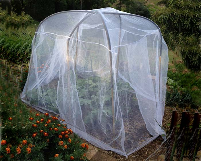 Veggie saver net - sold as net only, pole support not included.