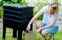 Compost & Worm Farms