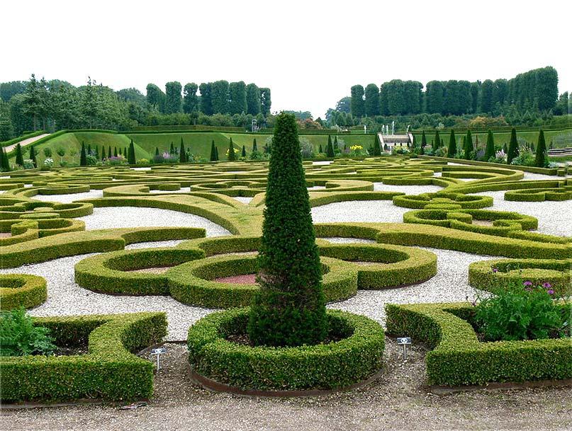 - Frederiksborg-Ornamentgarten-Wolfgang-Sauber