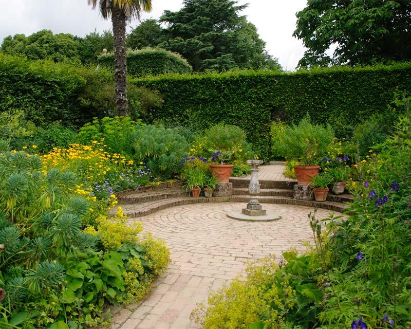 Hidcote Mrs Winthrop's Garden