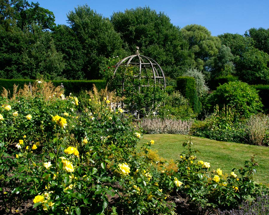 Waterperry Rose Garden