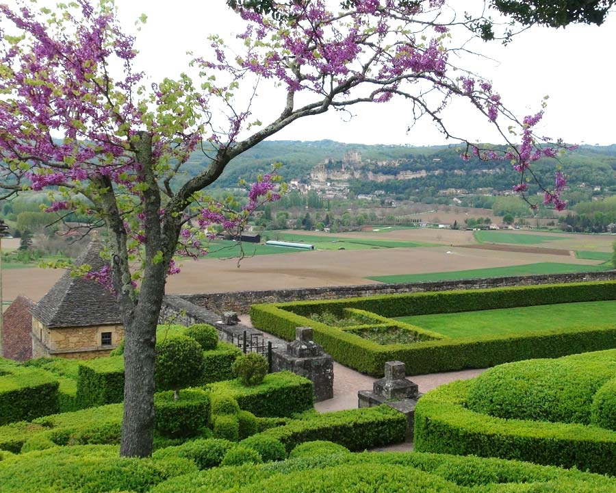 The Gardens of Marqueyssac worth a visit anytime of the year, but spring is very good.