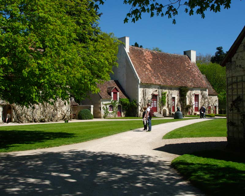 The bucolic farmyard precinct. - Chateau de Chenonceau
