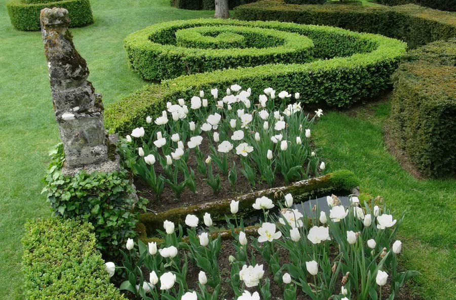 Gardensonline gardens of the world les jardins du for Jardin francais