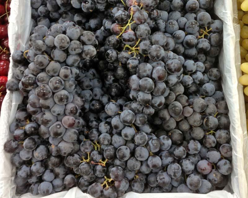 Delicious Black grapes