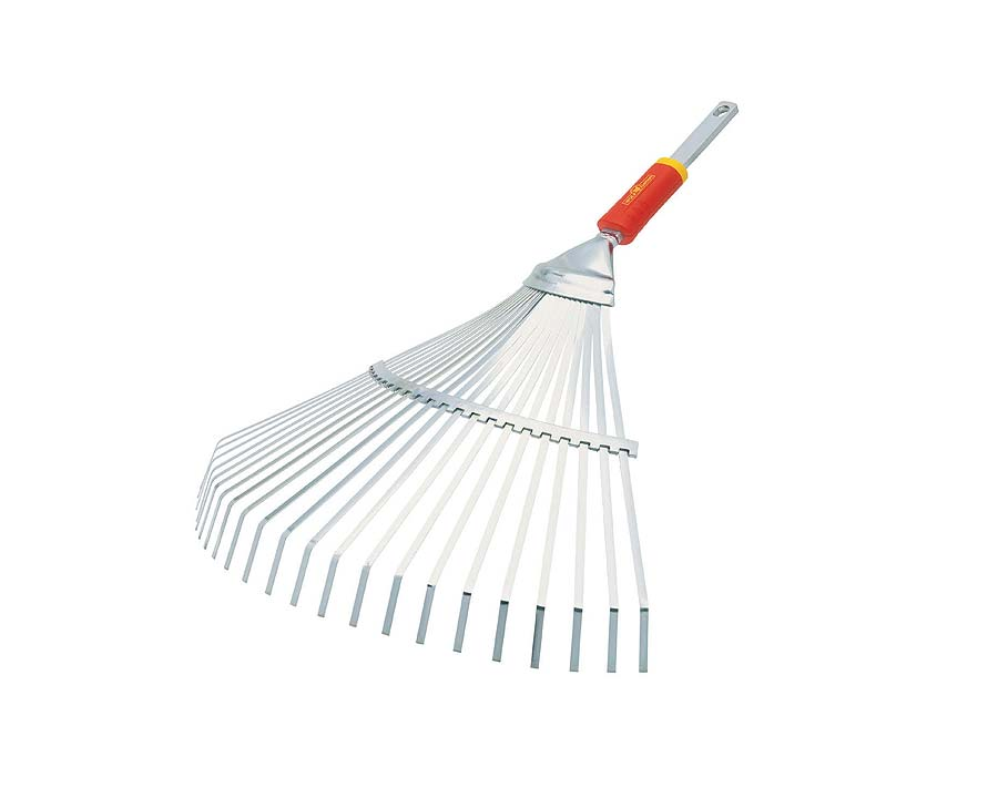 Metal tined lawn rake - Wolf UEM