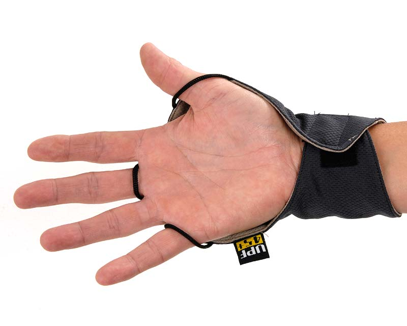 Palmless gloves protect backs of hands leaving your fingers free and cool.