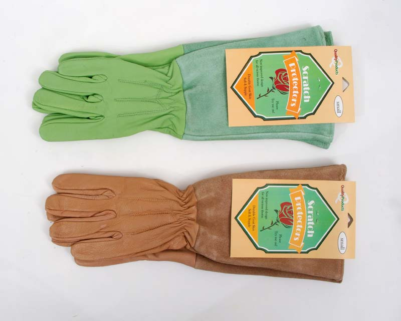Scratch protector gloves in green and tan