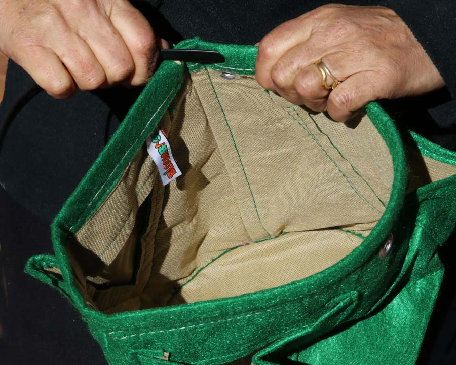 Inserting the rim reinforcer before use - Green - 3 Pocket Fabric Pot - Bloombagz