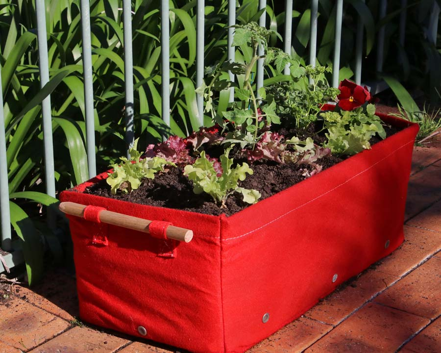 Bloombagz 45l raised planter bag - red
