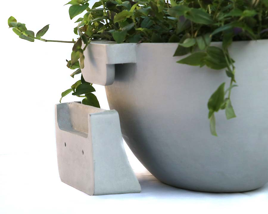 Neat wall bracket of Sofia wall mounted Ecopot
