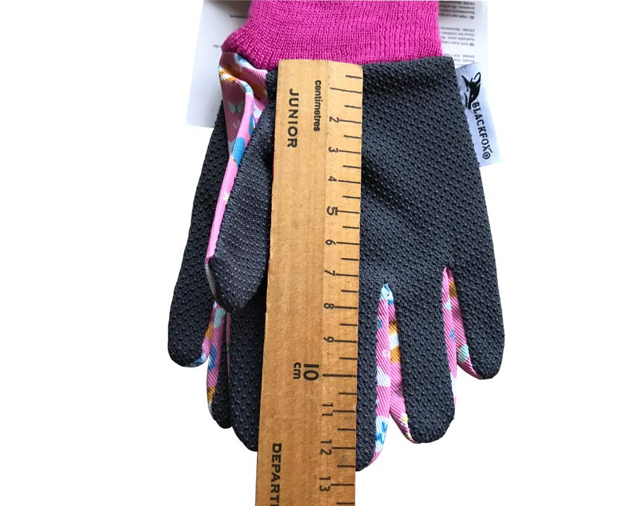 Children's Foxy Gloves in Pink by Blackfox  Ruler indication of dimensions of Size 3