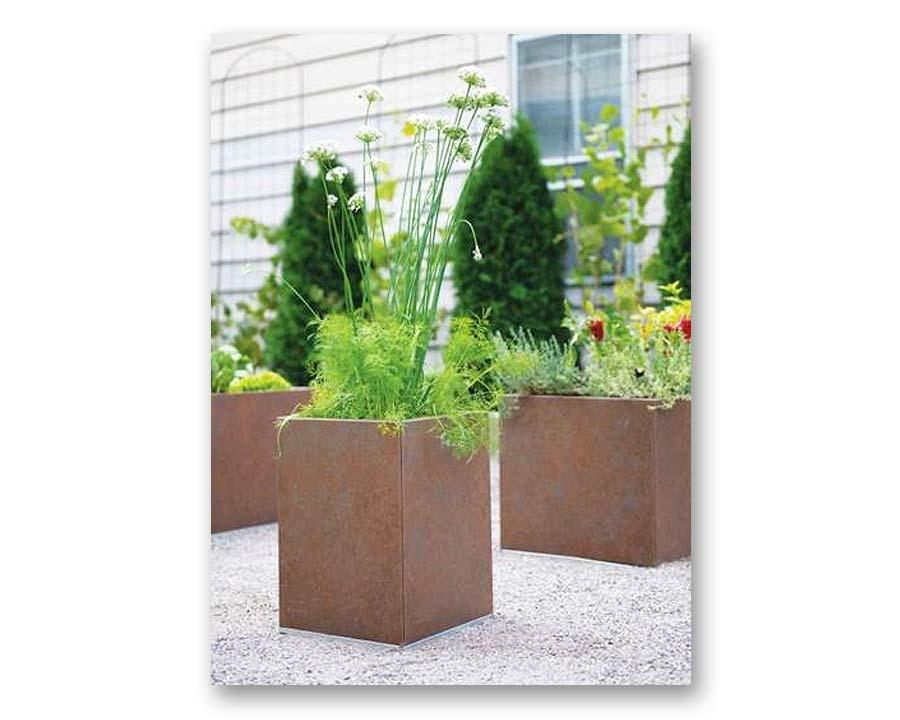 Birdies CBD Square Pot 30 x 30 x 40cms - in Weathered Iron finish