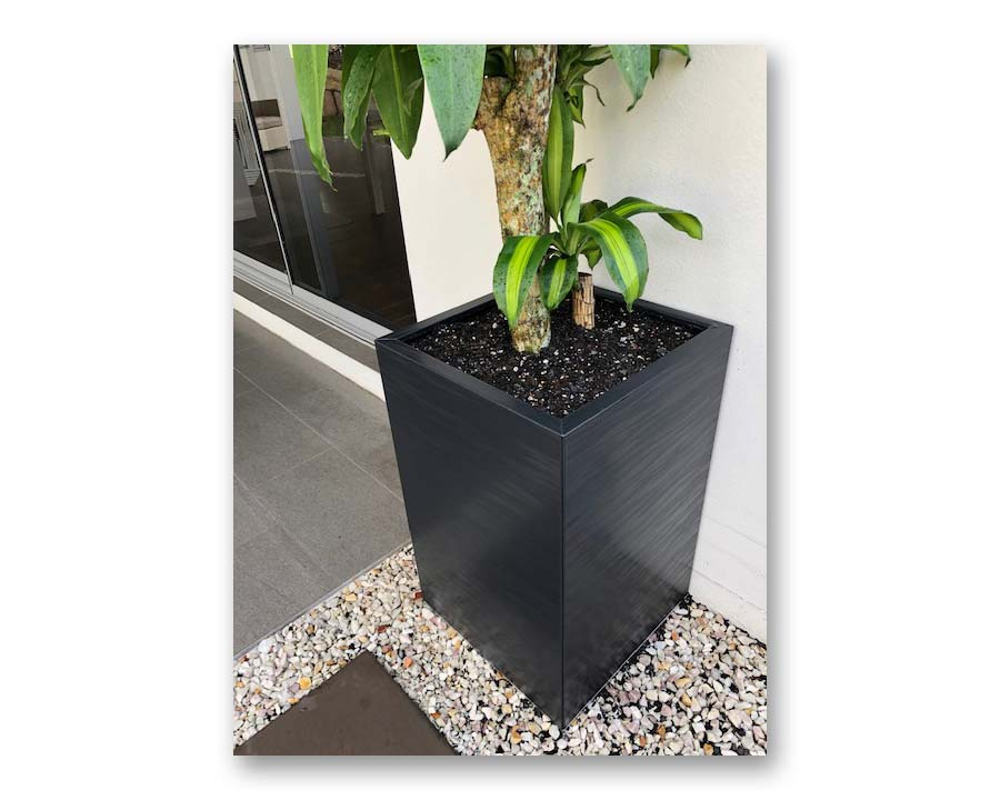 Flat-Pack Tall Square pot in Spectrum finish
