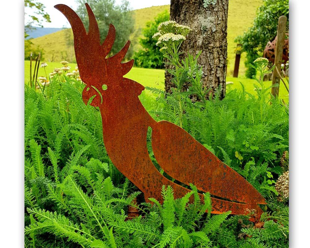 Cockatoo - decorative garden art
