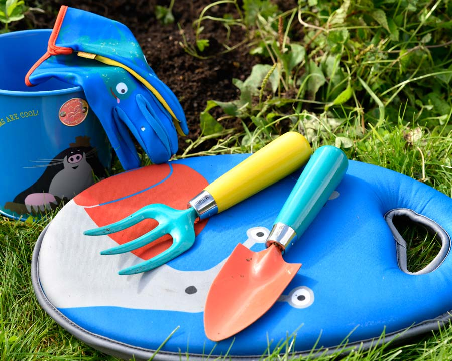 Childrens Trowel and Fork set - part of the 'Get me Gardening' range by the National Trust