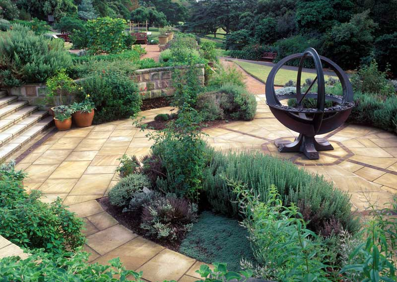 Herb Garden Sundial.  Photo Royal Botanic Gardens and Domain Trust, Jaime Plaza